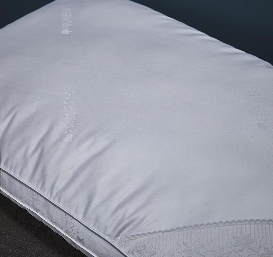 玻尿酸蚕丝纤维枕
